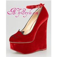 Ayakkabı Modelleri Ve Charlotte Olympia