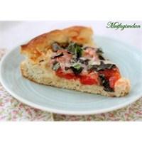 Yüksek Kenarlı Pizza (Deep- Dish Pizza)