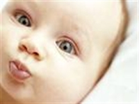 Sağlıklı Bebek İçin Sağlıklı Beslenmek Gerek