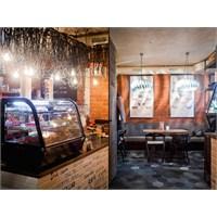 Belenko Design'dan Kiev'de Zappa Cafe Aydınlatma