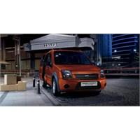 Ford Transit Connect'e Blackline Serisi!