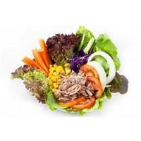 Ton Balıklı Sebze Salatası