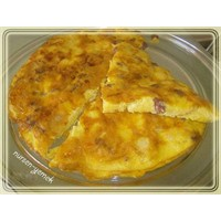 Ekmekli Sucuklu Omlet