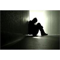 Yalnız Kalma Korkusuyla Yapılan Hatalar