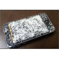 Telefonuzun Ekranı Neden Kırılır?
