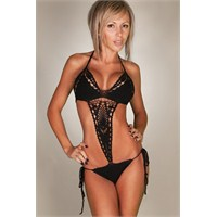 2013 Yılı Siyah Mayo Ve Bikini Modelleri