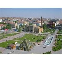 Kırşehir Mutsuzluğumun Başkenti