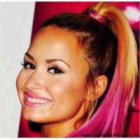Pembe Saçlı Demi Lovato!