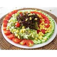 Diyet Yaparken Salatanın Önemi !