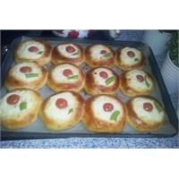 Nefis Sütlü Çörek