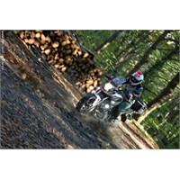 İstanbul Ormanlarında Motosikletle Enduro Keyfi
