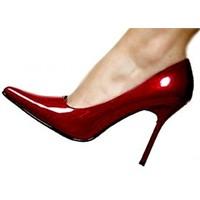 Yüksek Topuklu Ayakkabı Giymek