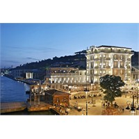 The House Hotel Bosphorus Dünyanın En İyilerinden!