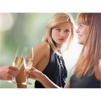 Kadınlar Mı Daha Kıskançtır Erkekler Mi?