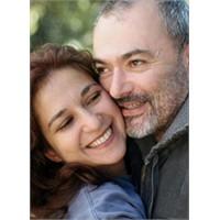 Eşlerde Yaş Farkı İlişkiyi Etkiler Mi?