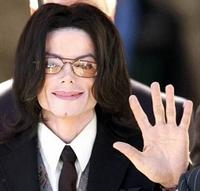 Michael Jackson Öldü..