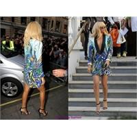 Rihanna'nın Ceket Elbisesi