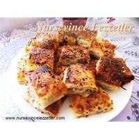 Kıymalı Patatesli Rulo Börek Tarifi
