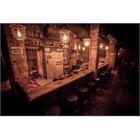 Studio-bald'dan Tel Aviv'de Jimmy Who? Bar&club