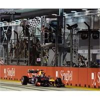 Vettel Bildiğiniz Gibi !!