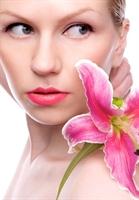 Baharı Kusursuz Güzelliğinizle Karşılayın