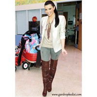 Kardashianlar'ın Takıntısı Diz Üstü Çizme