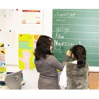 Ödevlerini Yapmayan Çocuğa Nasıl Davranmalıyız?
