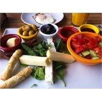 Sofia Bistro'da Kahvaltı