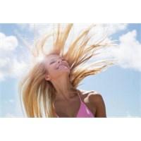 Saçların Elektriklenmesini Önleyecek Çözümler