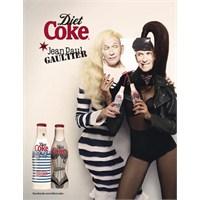 Jean Paul Gaultier Diet Kola Şişelerini Süslüyor