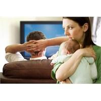 Kocam Bebeğin Bakımına Yardım Etmiyor