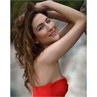 Miss Turkey 2012 Çağıl Özge Özkul Kimdir?