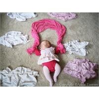 Sanatsever Anne Ve Fotojenik Bebeği :)