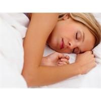 Geceleri neden rahat uyuyamıyoruz?