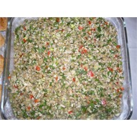 İri Bulgurlu Yeşil Mercimek Salatası