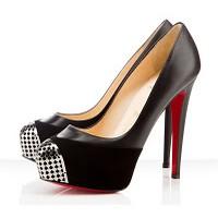Yüksek Topuklu Ayakkabılar 2012'nin Modası
