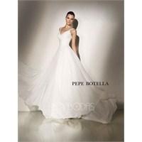 Pepe Botella 2012 Gelinlikleri