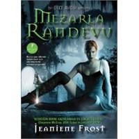 Mezarla Randevu – Jeaniene Frost | Yorum