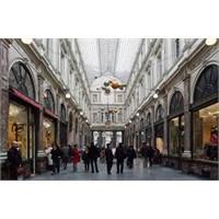 Brüksel Galeries Royales Saint- Hubert Pasajı