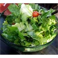 Yeşil Salata Nasıl Yapılır?