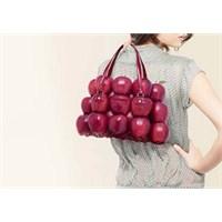 Kadınların Çantaları Ne Anlatır?
