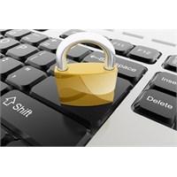 Sosyal Medyada Güvende Kalmanın 10 Yolu