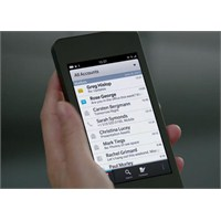 Blackberry 10 Tanıtıldı [Video]