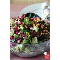 Yemek Cini - Mısırlı Brokoli Salatası