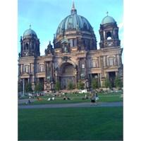 Berlin- Dresden Turundan Özel Kareler