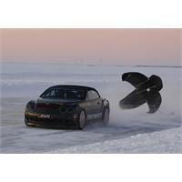 Bentley'den Buz Üstünde Dünya Hız Rekoru