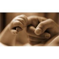Anne Olmak Ya Da Olmamak