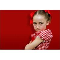 Çocuğunuzun Öfkesi Karşısında Nasıl Davranmalı ?
