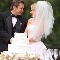 Düğünlerde Neden Pasta Kesiliyor?