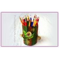 Renkli Bir Kalemlik Yapmaya Var Mısınız?
